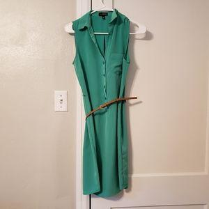 Sleevless Dress with tan belt